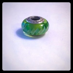 Pandora glass charm green zig-zag